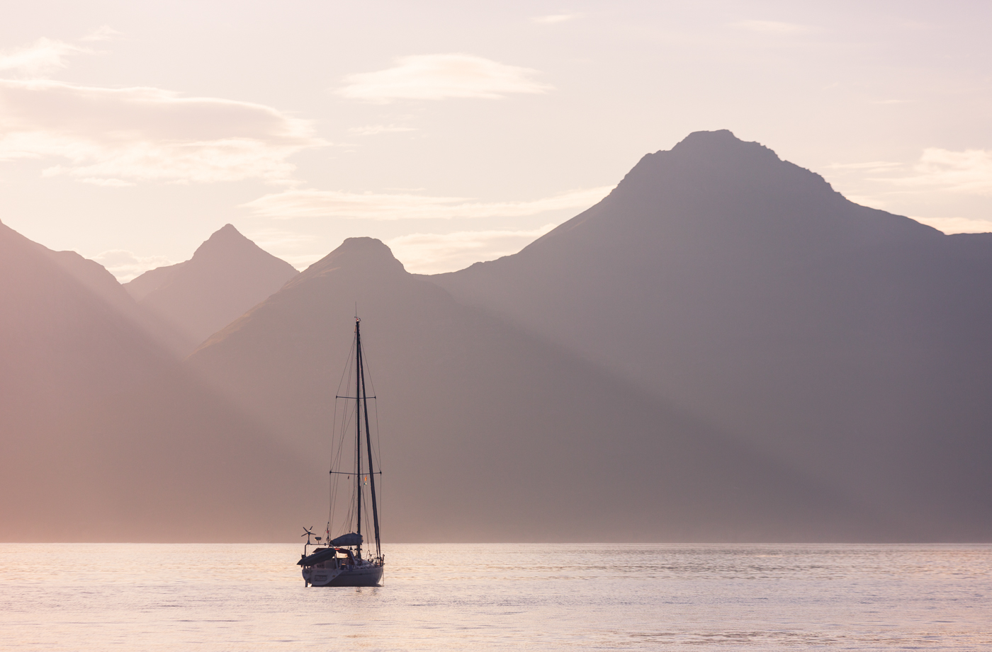 Eigg boat mjgholland photography